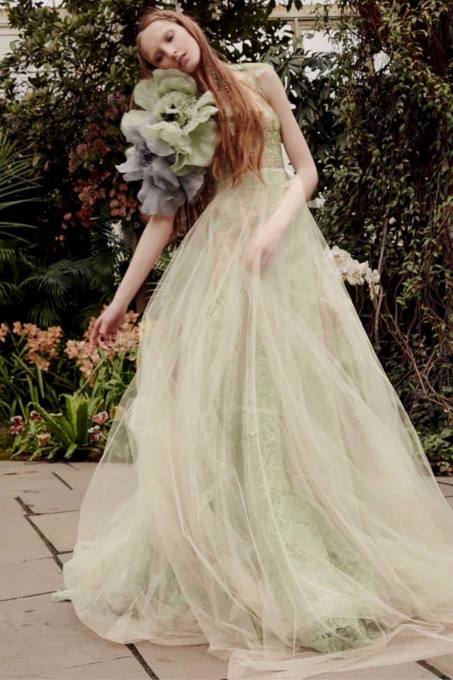 pisztácia menyasszonyi ruha