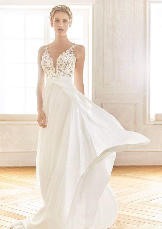 könnyed menyasszonyi ruha