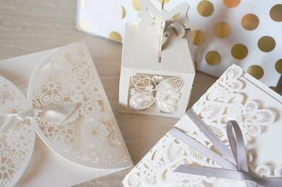 Esküvői meghívó, ültetőkártya