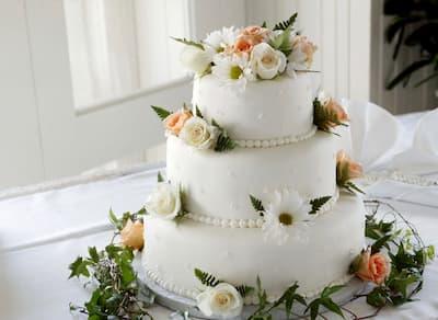 Esküvői torta, sütemény