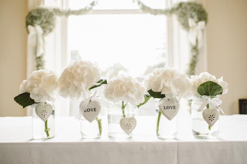 esküvői dekor fehér virág