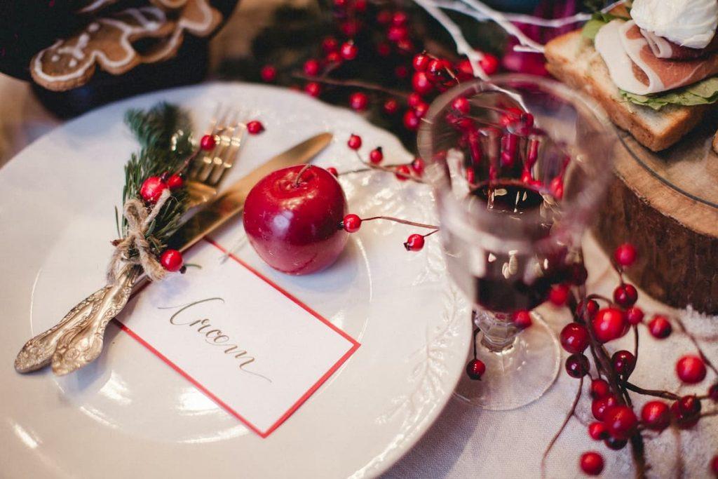 téli esküvői piros dekor