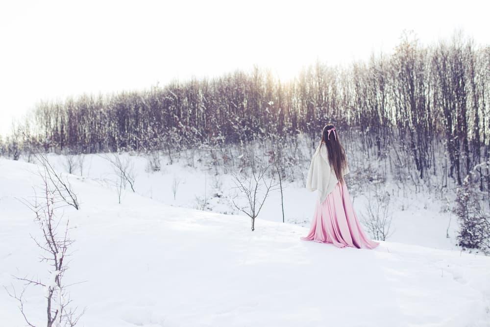 téli havas esküvő