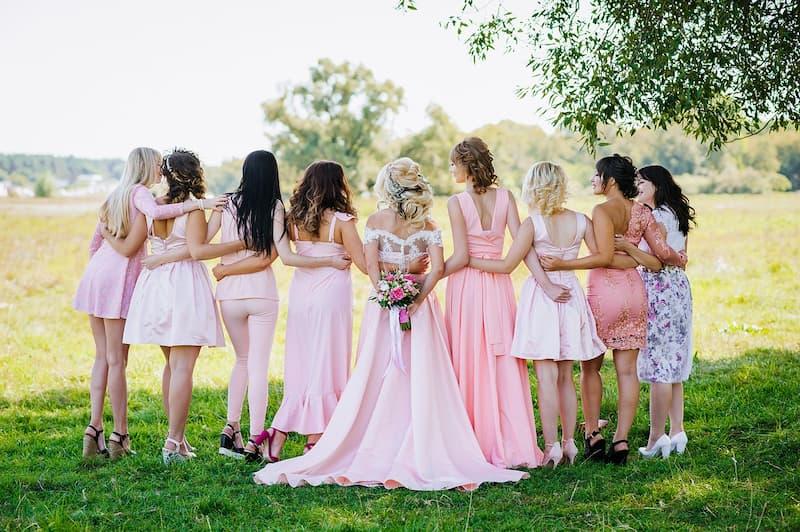 koszorúslány ruha rózsaszín